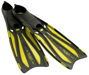 peralatan-scuba-diving-scuba-gear-diving-equipment-scuba-set-fins-shamphotography