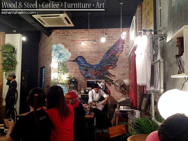 wood-and-steel-coffee-furniture-art-segmen-jom-ngopi-eshamzhalim-cafe-review-11