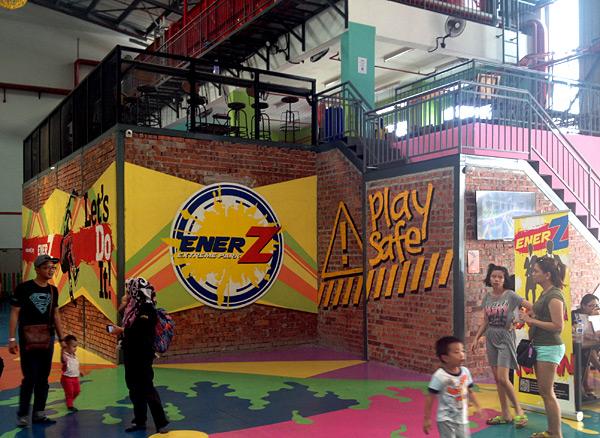 enerz-extreme-park-subang-jaya-adventure-indoor-extreme-park-asia-largest-trampoline-park-eshamzhalim-