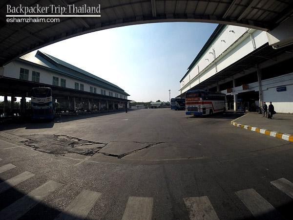 backpacker-trip-thailand-bangkok-lopburi-hatyai-kachanaburi-sunflower-farm-bunga-matahari-visit-thailand-eshamzhalim-ktmb