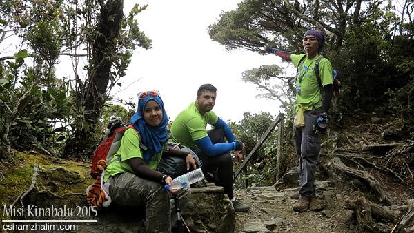 misi-mendaki-gunung-kinabalu-low-peak-ke-laban-rata-mesilau-trail-akinabalu-sabah-toohotdemo-pendakian-kinabalu