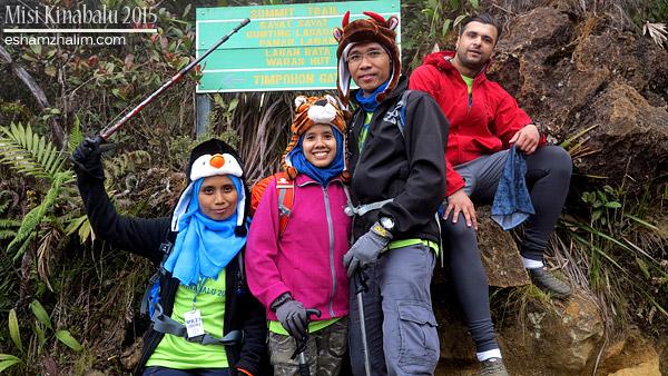 misi-mendaki-gunung-kinabalu-low-peak-ke-laban-rata-mesilau-trail-akinabalu-sabah-toohotdemo-pendakian-kinabalu-30