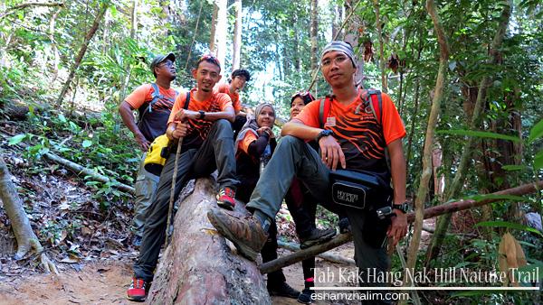 tab-kak-hang-nak-hill-nature-trail-krabi-thailand-hang-nak-mountain-hiking-eshamzhalim